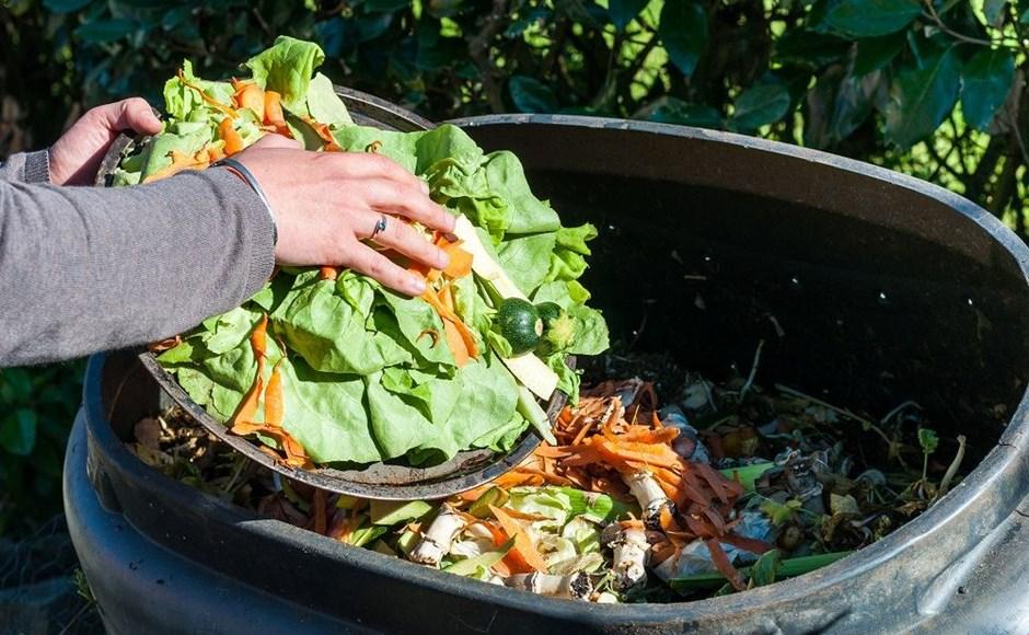 Cara Sederhana Membuat Kompos